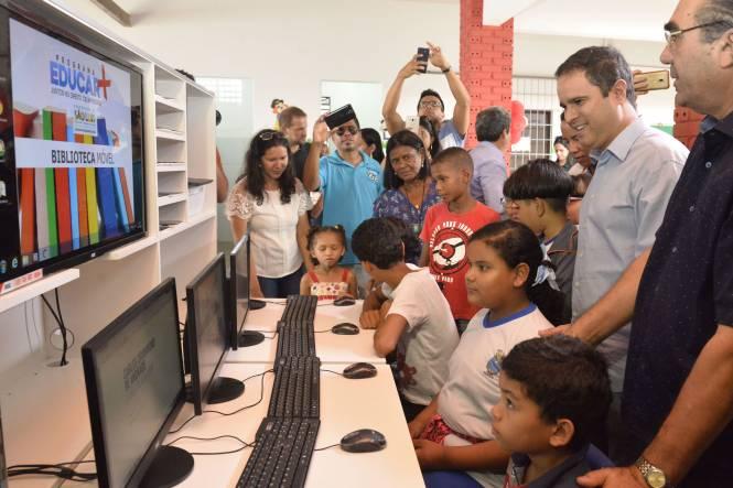 Resultado de imagem para Prefeito Edivaldo entrega escola no Rio Anil; já são mais de 130 unidades requalificadas pela gestão